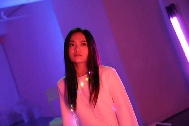 ▲徐佳瑩演唱催淚神曲《沒顏色的花》。(圖/滿滿額娛樂)