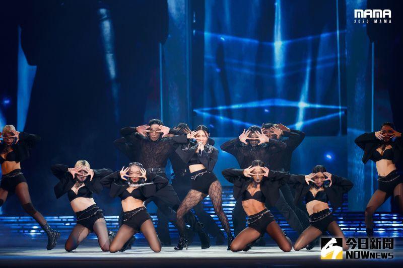 ▲▼華莎(上圖中,下圖右)跟Jessi帶來合作舞台。(圖/CJ
