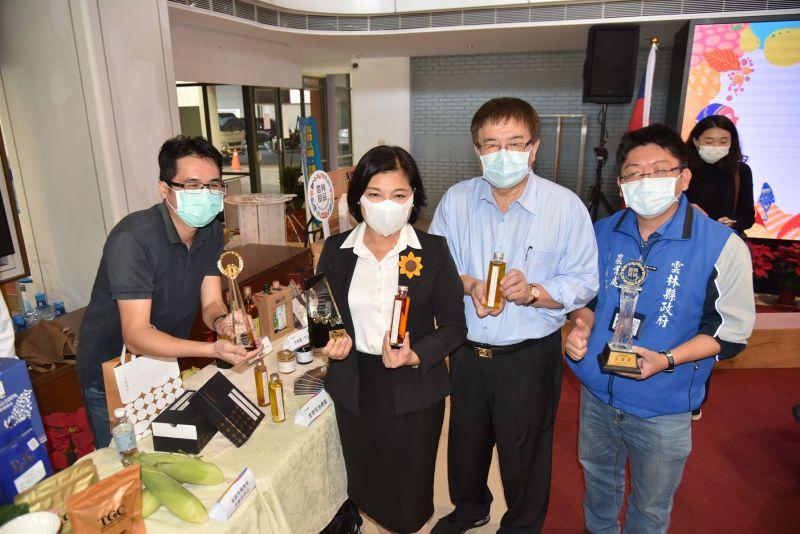 ▲雲林23家廠商一同參加2020台北國際食品展,行銷縣內優良農特產品。(圖/記者洪佳伶攝,2020.12.07)