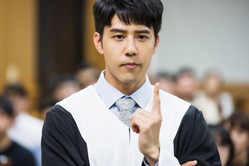 ▲胡宇威拍攝《王牌辯護人》心裡很崩潰。(圖