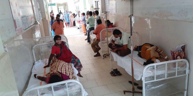 印度不明怪病導致1死、500人住院 飲水驗出2種重金屬