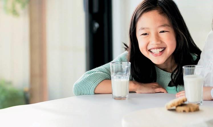 ▲牛奶營養成份比你想的還要豐富,奶粉營養與否,取決於飼養乳牛的專業與環境。(圖/品牌提供)