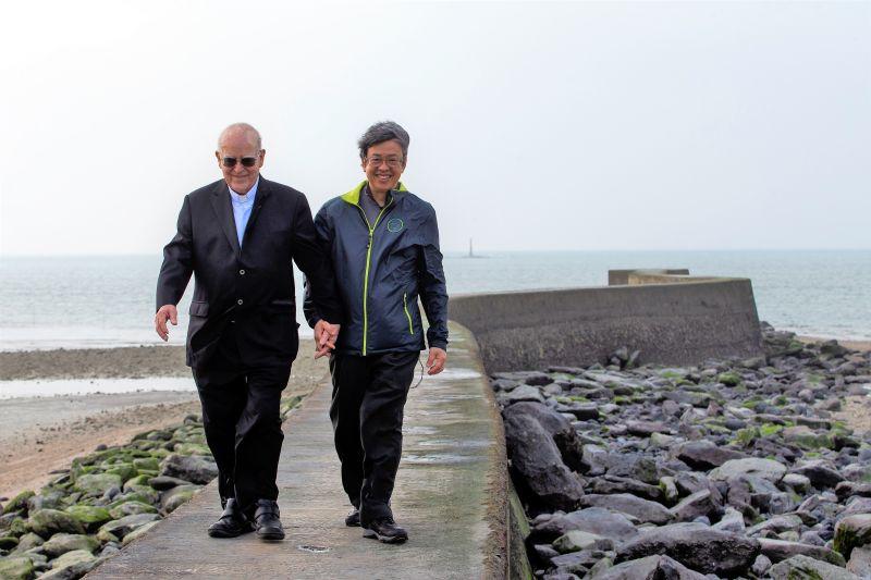 風沙中的愛 大仁哥為澎湖惠民醫院重建募款代言