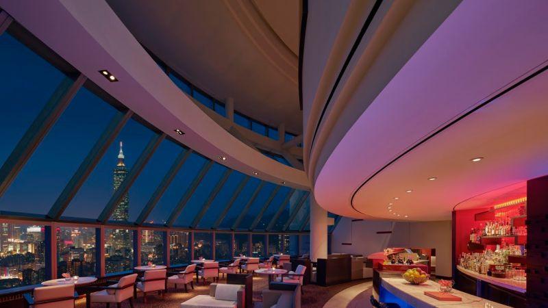 ▲馬可波羅酒廊的美酒和夜景,絕對能讓你度過一個美好的聖誕及跨年夜。(圖/馬可波羅官網)
