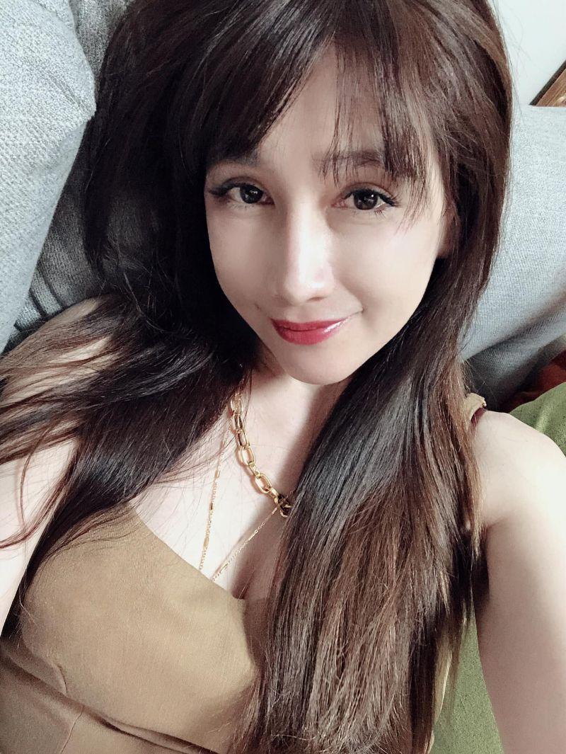 ▲陳子璇發美照疑似向蔡郁璇喊話。(圖/陳子璇臉書)