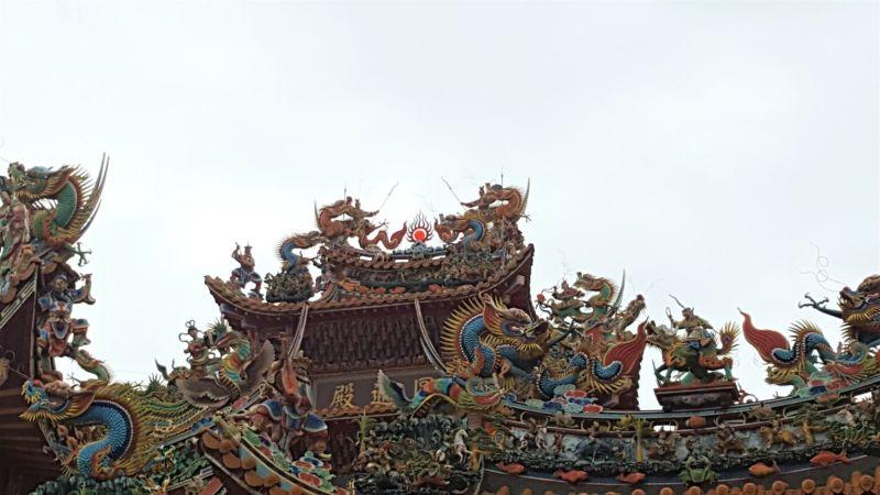 ▲和平島上的寺廟保存著古老的習俗,至今仍受人們信奉。(圖|Greg提供)