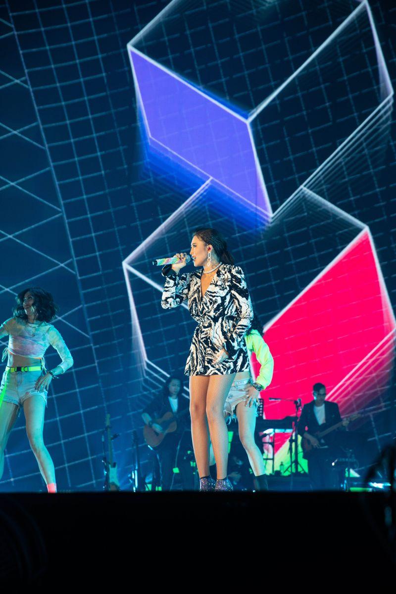 ▲A-Lin在演唱會拜託觀眾一人點一次《抱歉