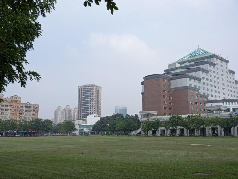 25萬會是台南大樓的天花板