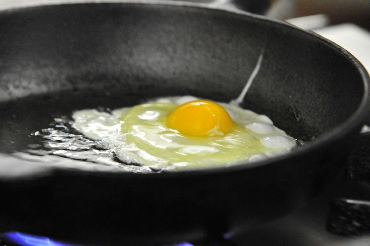 ▲「煎蛋」加什麼最對味?食客點出1物神搭配。(示意圖/取自pixabay)
