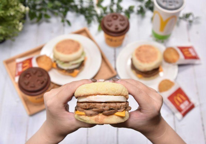 ▲滿福麵包為主題的滿福系列,自1986年開賣至今已近35年,是麥當勞早餐中最具代表性、也最受歡迎的系列。(圖/業者提供)