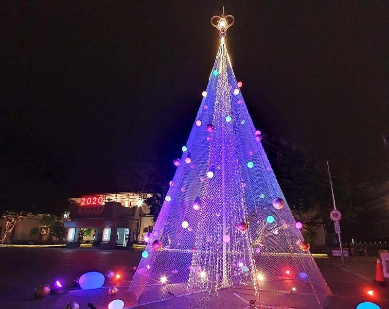 漁網聖誕樹吸睛 澎湖海洋聖誕夜活動籲遵中央防疫措施