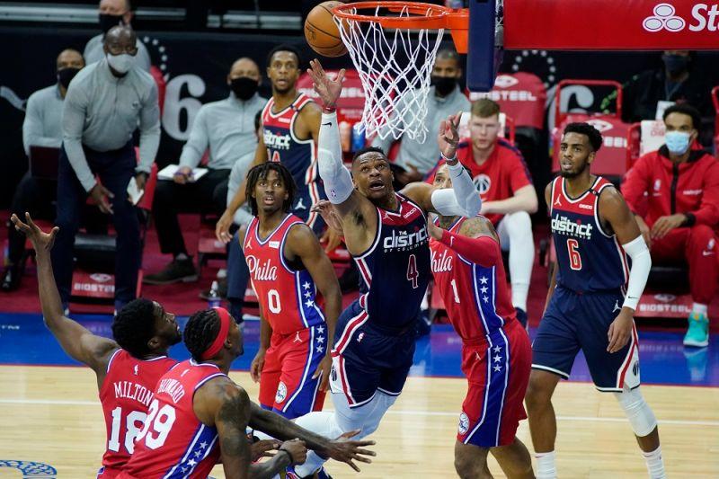 NBA/悲情威少!拿到「大三元」球隊反而6連敗