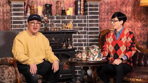 ▲劉在錫(右)透過直播向網友介紹新點子。(圖/MBC)