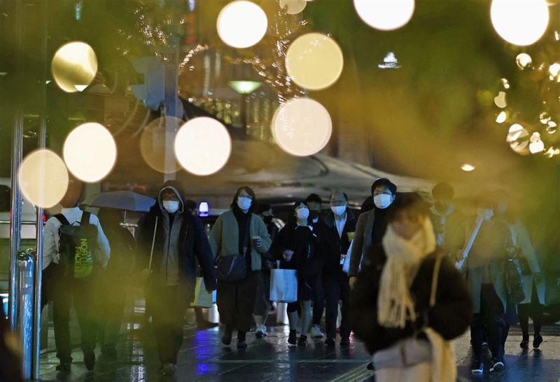 日本首見英國變種新型冠狀病毒 兩位返國者確診
