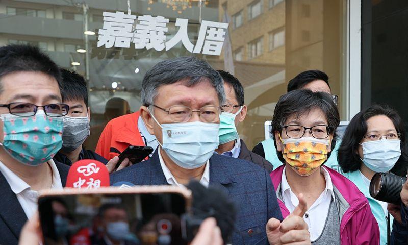 身兼台灣民眾黨主席的台北市長柯文哲,對於黨內規定中央委員必須每年責任募款100萬一事,強調是希望強調是希望選出來的中央委員,是有組織與募款能力。