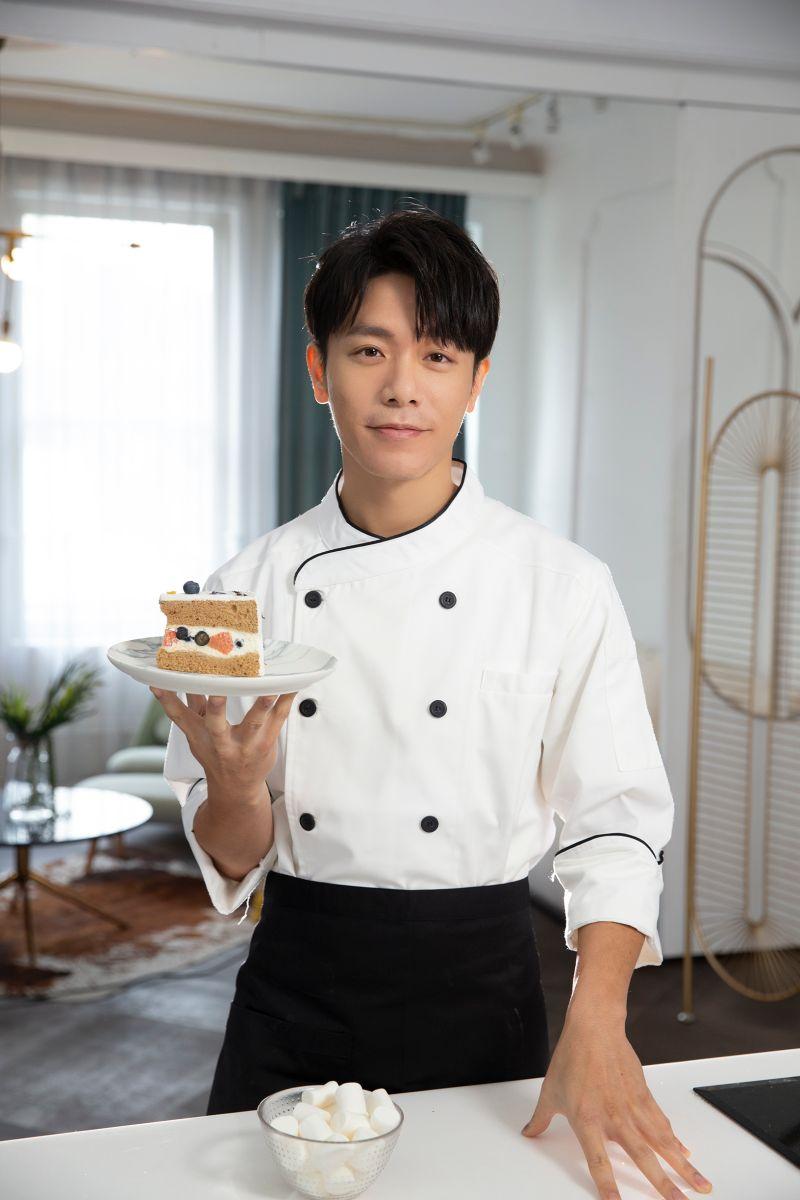 ▲韋禮安化身求婚蛋糕師,拍攝歌曲《請你嫁給我》MV。(圖/耀聲音樂提供)