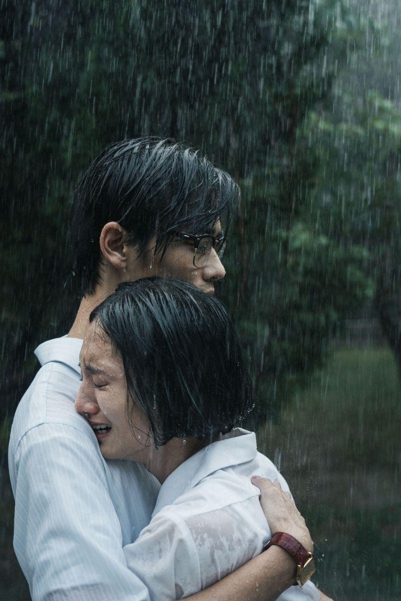 ▲韓寧(右)與夏騰宏所詮釋動人情感逼哭觀眾。(圖