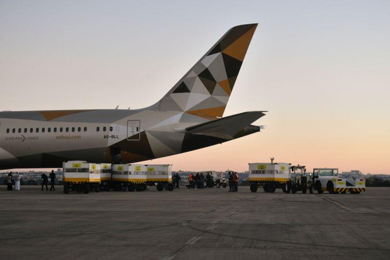 憂心新變種病毒 沙烏地延長禁止商業航班至少1週