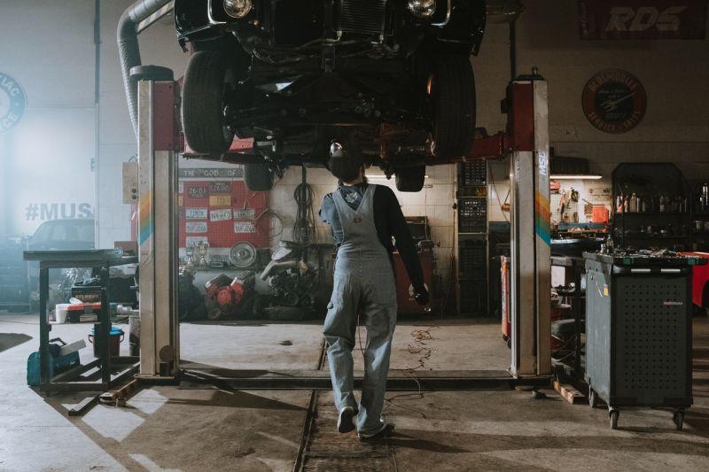 ▲修車、工廠、維修(圖/取自《Pexels》)