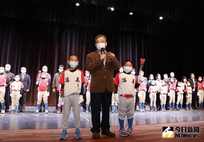 培養接班人 賴峰偉分享會期盼年輕人接手縣政未來