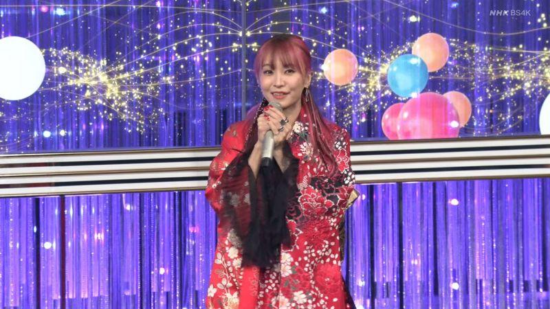 ▲▼LiSA演唱《紅蓮華》。(圖/NHK紅白歌合戰YB)