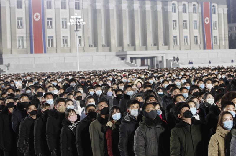 北韓零確診歡慶2021!金正恩赴太陽宮參拜 取消新年演說