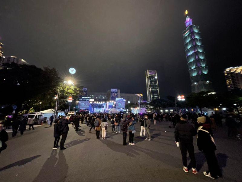 台北跨年3.8萬人潮「史上最冷清」 網驚:只有台東一半