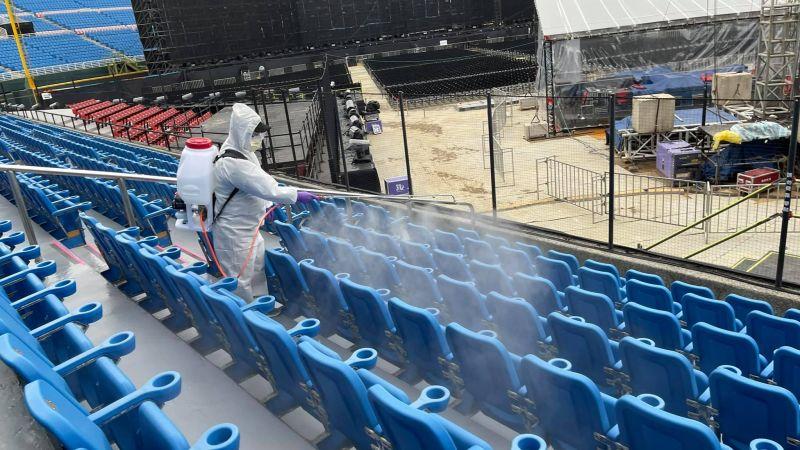 ▲五月天昨(31)日在桃園舉辦演唱會,有5位自主健康管理者違規入場,市府表示將依法開罰。(圖/翻攝自相信音樂國際股份有限公司臉書)