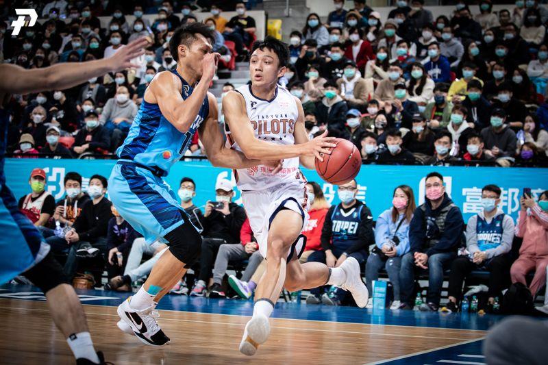 P. League+新職籃聯盟桃園領航猿,施晉堯今天攻下全隊次高22分