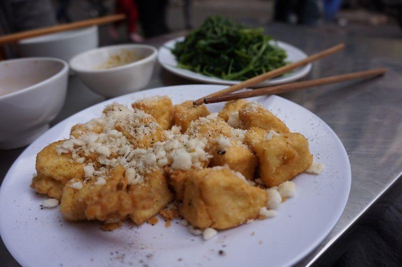 ▲煎豆腐有撇步!最忌直接下鍋煎,只要把握「3技巧」,就能煎得外酥內軟、完整不破皮。(示意圖/取自pixabay)