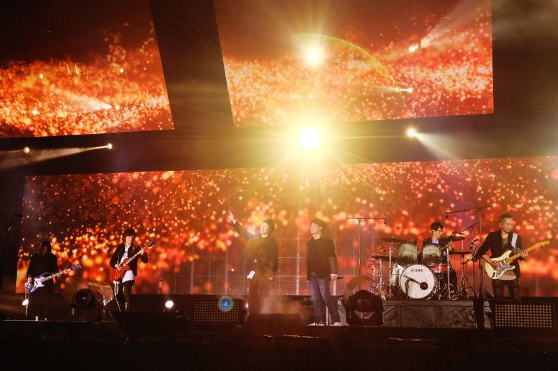▲周華健自願擔任五月天演唱會的安全須知宣傳大使。(圖/滾石唱片提供)