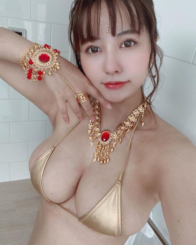 紅到日本!台灣寫真女星經營IT公司