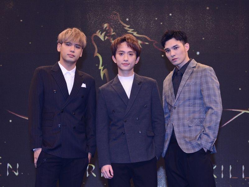 ▲陳零九(左起)、邱鋒澤、黃偉晉出席頒獎典禮。(圖/八大提供)