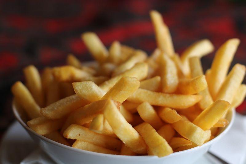 冷掉的薯條如何恢復美味?店家曝絕招 10萬人跪了:天才