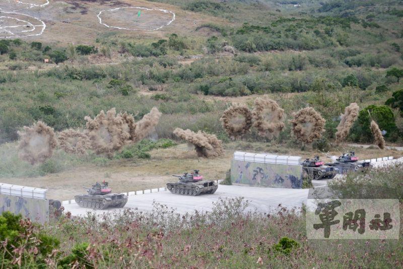 ▲陸軍機步269旅於屏東三軍聯訓基地,實施「三軍聯合作戰訓練測考」測驗。(圖/軍聞社提供)