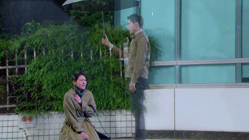 ▲蘇晏霈(左)、王凱天氣太冷手都在發抖。(圖