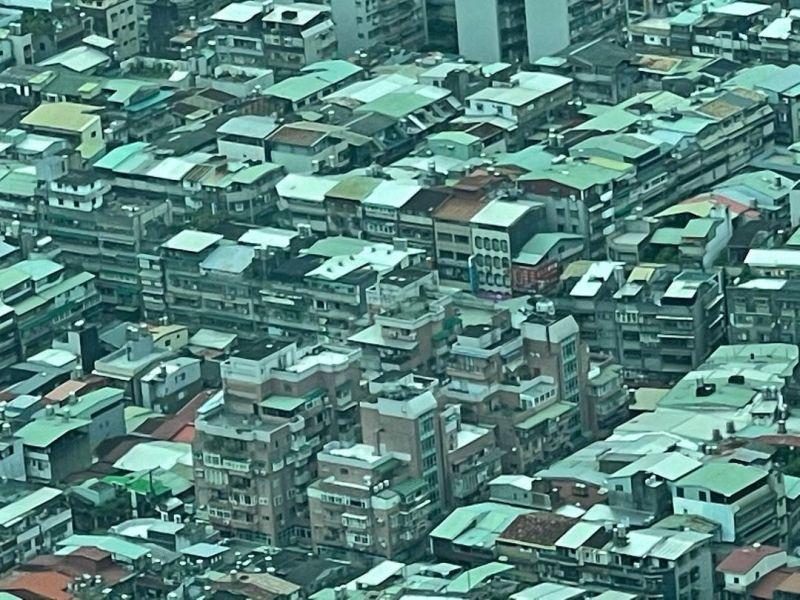 ▲一位駐台外國攝影師表示從上方看台北市彷彿看到巴西的貧民窟。(圖/Diego Gonzalez提供)