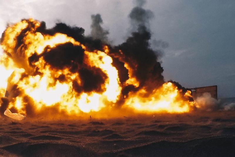 ▲水中爆破中隊實施爆破是為了清除航道上障礙物。(圖/軍聞社提供)