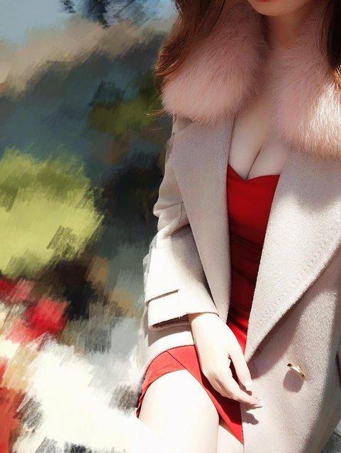 ▲一名女網友分享AV女優面試經驗,自己當天就穿著一身火辣洋裝前往面試。(圖/翻攝PTT)