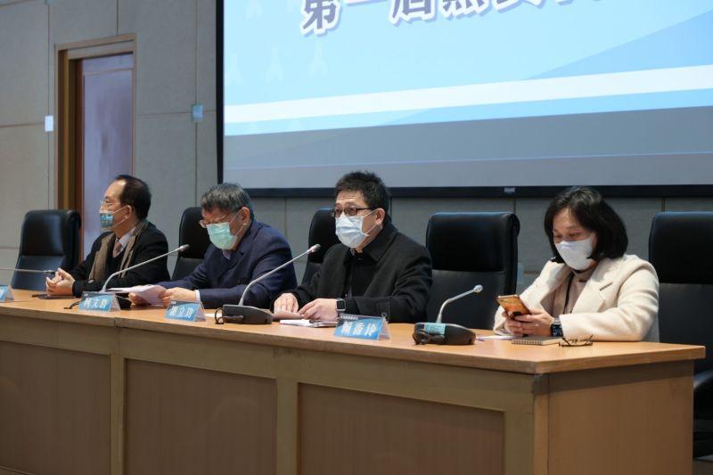 由台北市長柯文哲領銜成立的台灣民眾黨,10日下午舉行黨代表大會。而會中也選出中央委員人選,結果仍由柯系掌權,各立委派系人選分佈平均。