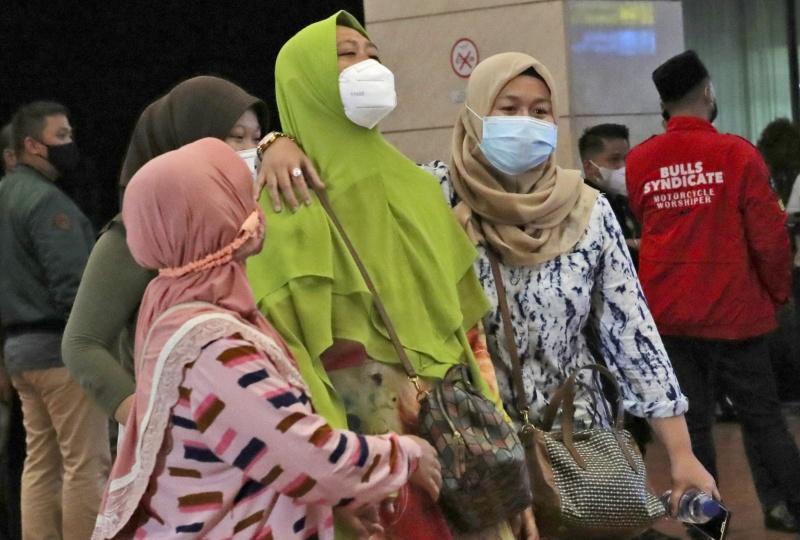 疑機票滯銷被改航班!印尼5口之家開心出遊 竟踏不歸路