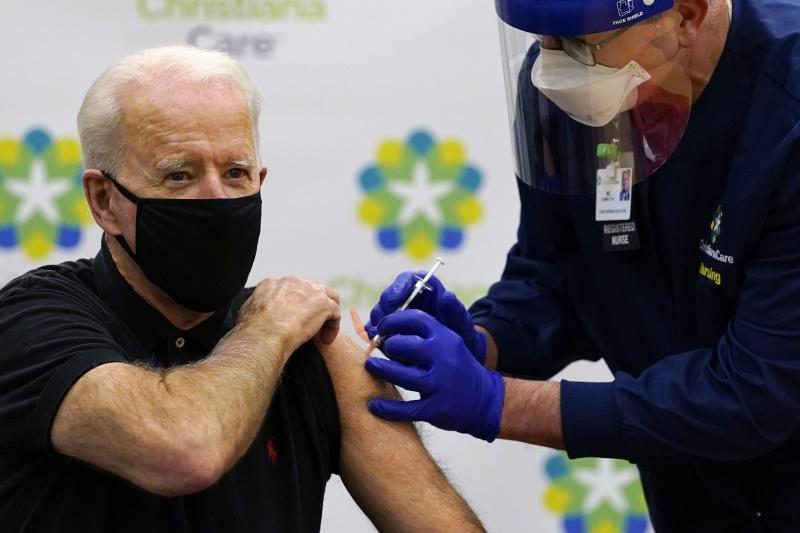 疫苗接種有成 美國新增與死亡病例數持續減少
