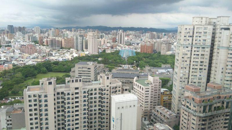 台中市低度使用住宅宅數與占比