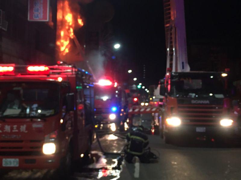 鳳山透天厝火災 無情大火釀3死1傷慘劇僅1歲女嬰被救回