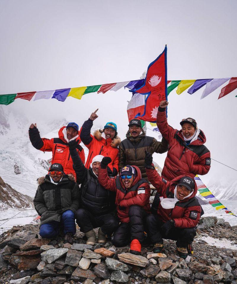 人類史上首次!極限<b>登山</b>家Purja和團隊冬攀K2成功