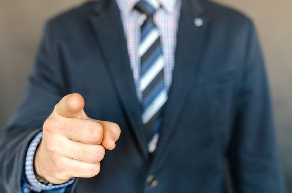 ▲有名科技業的網友列出自己好奇提問「考績不好的是真的爛嗎」,並列出自己聽過被打糟糕考績的荒謬原因,意外釣出不少前輩留言回應。(示意圖,圖中人物與文章中內容無關/取自 pixabay )
