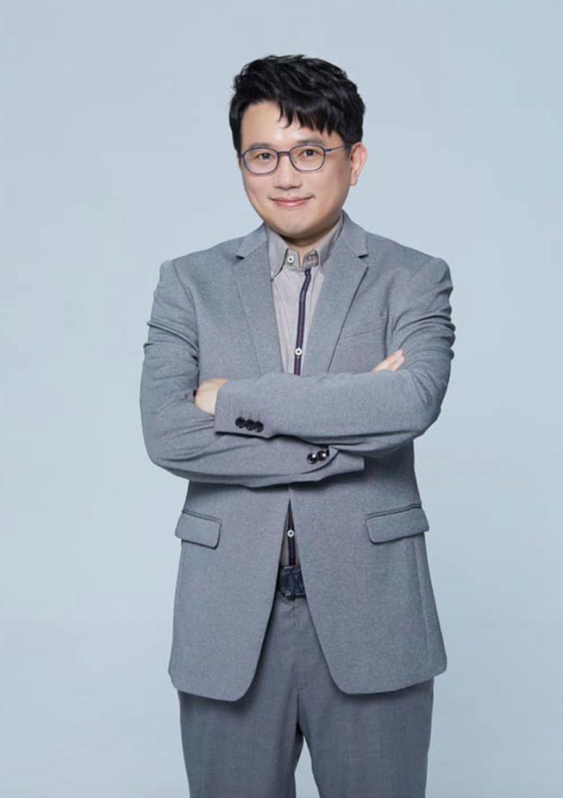 ▲醫師江坤俊。(圖/翻攝自江坤俊臉書)