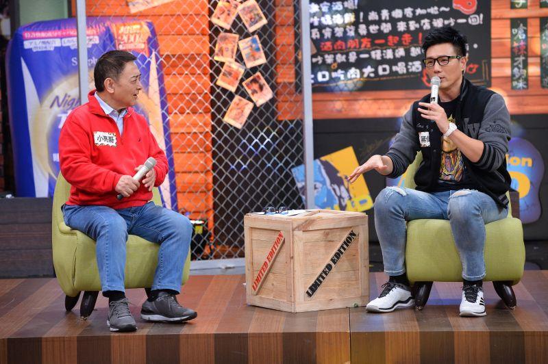 ▲蔣偉文(右)說謊被抓包,爸爸直接賞巴掌。(圖/TVBS提供)