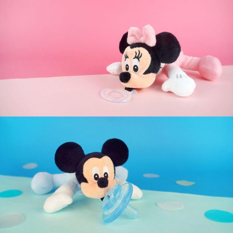 ▲讓米老鼠情侶檔陪你們曬恩愛,開心迎接浪漫的2021年吧!(圖/品牌提供)