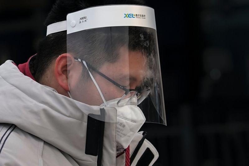 ▲中國新冠肺炎本土疫情已然擴散,上海今天爆出三例本土確診案例,且有兩個醫院進行封閉管理。(圖/美聯社/達志影像)
